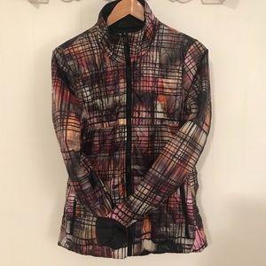 Saucony Reversible puffer jacket  Size Medium